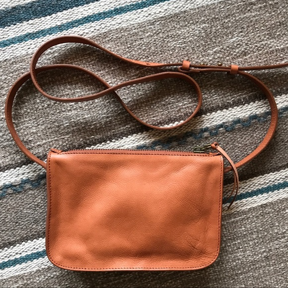 650a6a2e0b0d Madewell the simple crossbody bag